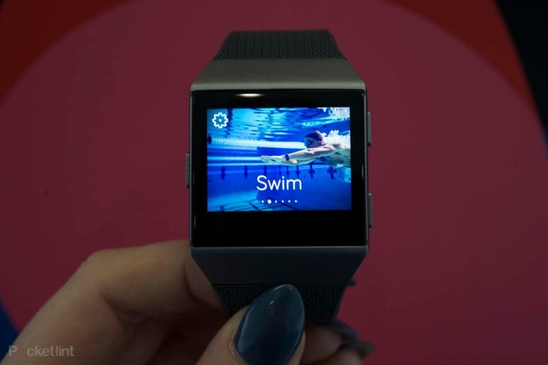 142011-smartwatches-hands-on-fitbit-ionic-preview-shots-image16-nyrm3wp1jl