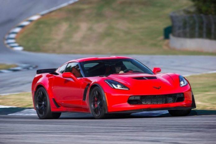 2016-Corvette-Z06-sports-car-760x506