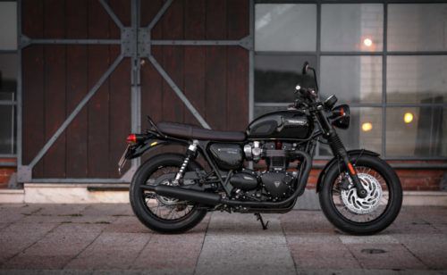 Retro Roadsters Revisited: BMW R NineT Pure Vs Honda CB1100EX Vs Triumph Bonneville T120 Black