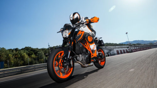 2015-2017 KTM 690 Duke ABS Review
