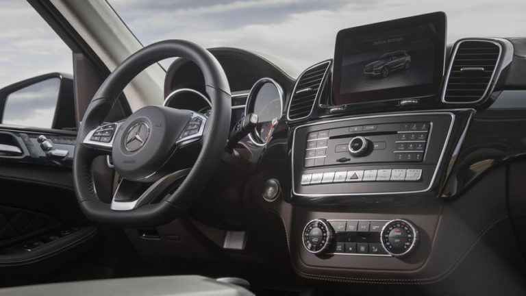 2017-mercedes-amg-gle43-review (1)