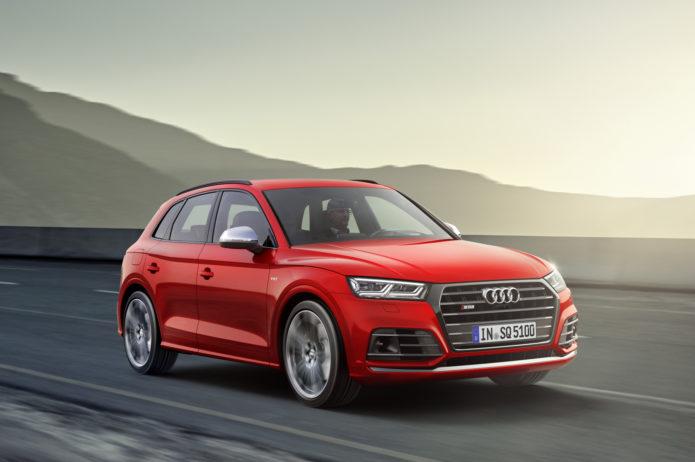 2018-Audi-SQ5-10-Europe