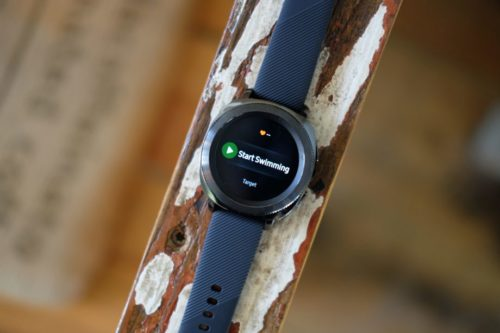Samsung Gear Sport vs Apple Watch 2: The battle of the fitness smartwatches