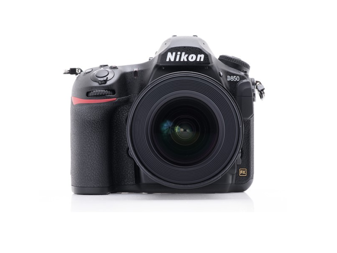 Nikon D850 Hands-on Review: First Impressions