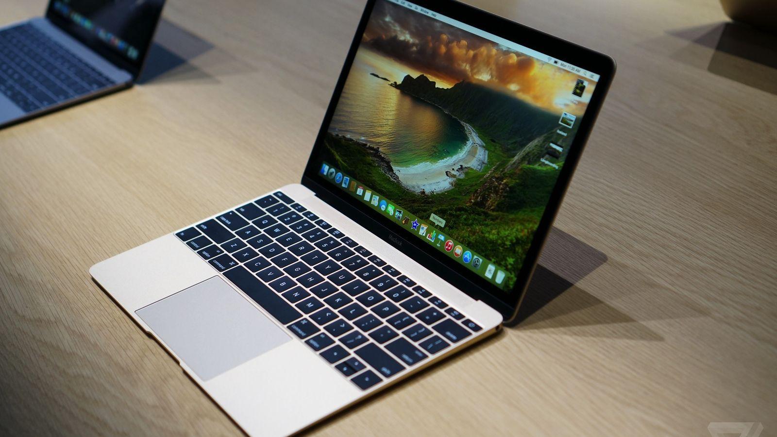 Apple MacBook Air (2017) review | GearOpen