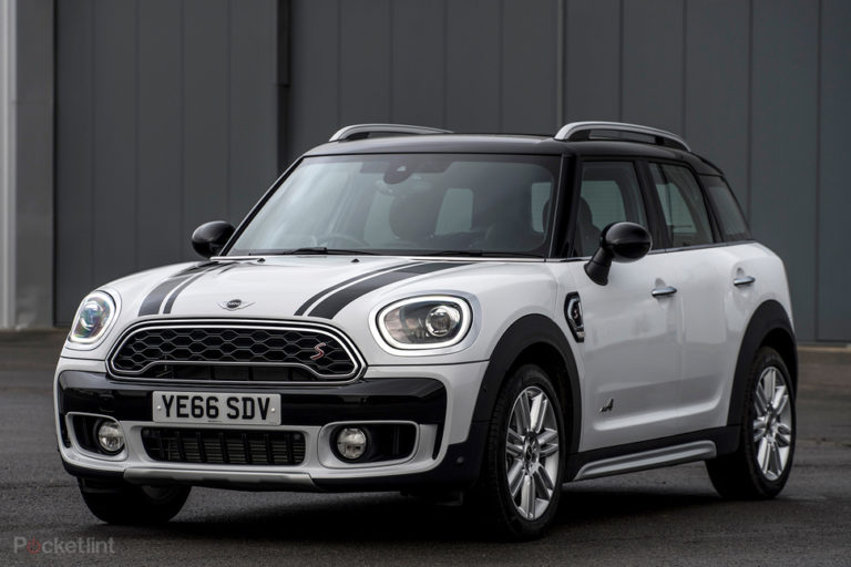 140076-cars-review-review-mini-countryman-s-2017-image1-chtovuasc2