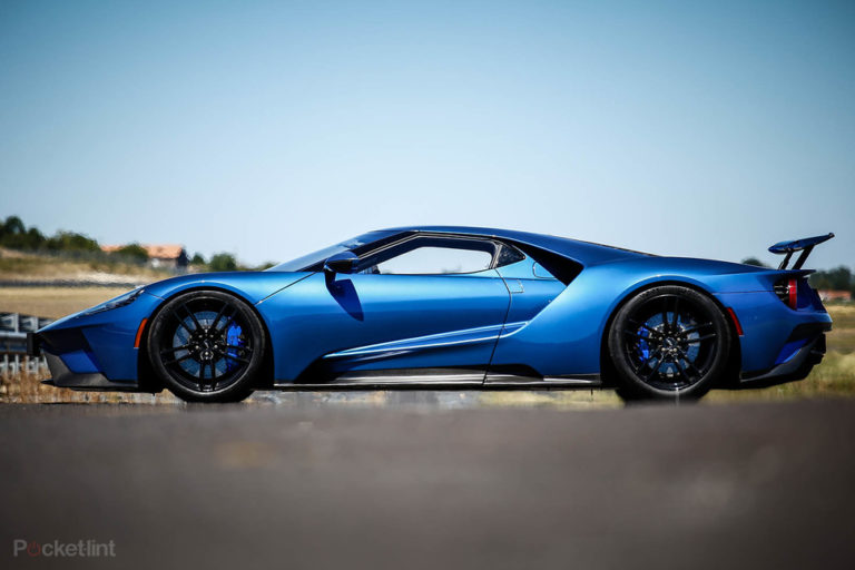 142158-cars-hands-on-ford-gt-hands-on-static-image3-7xdjhe6xua