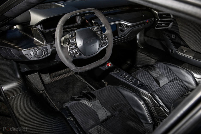142158-cars-hands-on-ford-gt-interior-image1-ifpecdjkxp