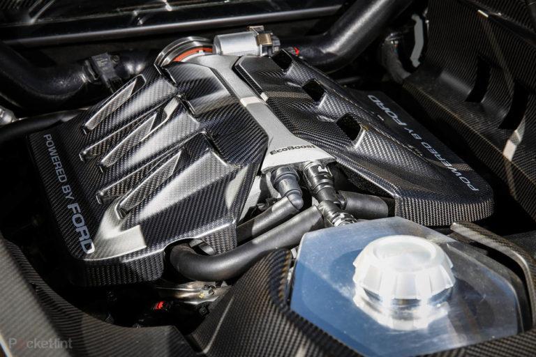 142158-cars-hands-on-ford-gt-interior-image11-dtgallwjc2