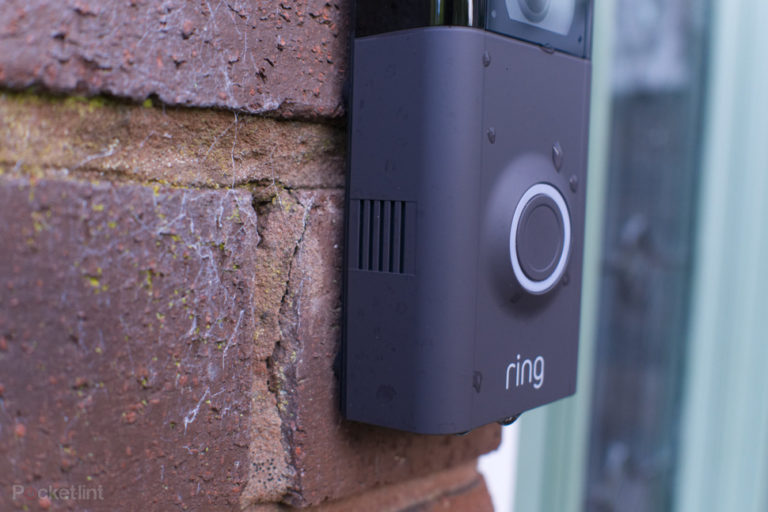 142320-smart-home-review-ring-video-doorbell-2-image5-jg94x56zor