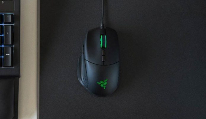 Razer Basilisk Review: The FPS Mouse Reinvented