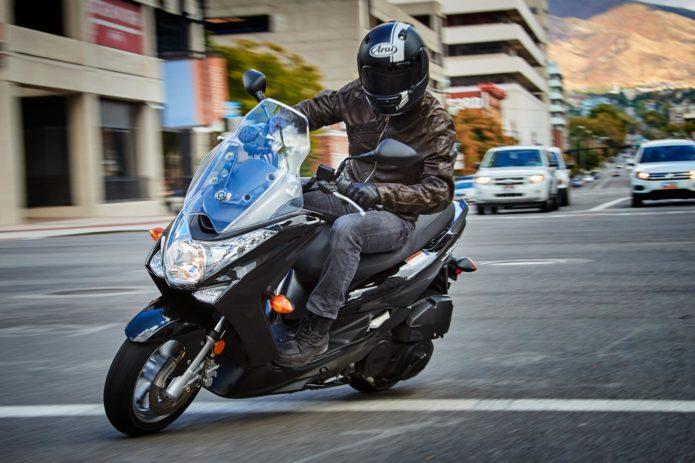 2017-Yamaha-SMAX1