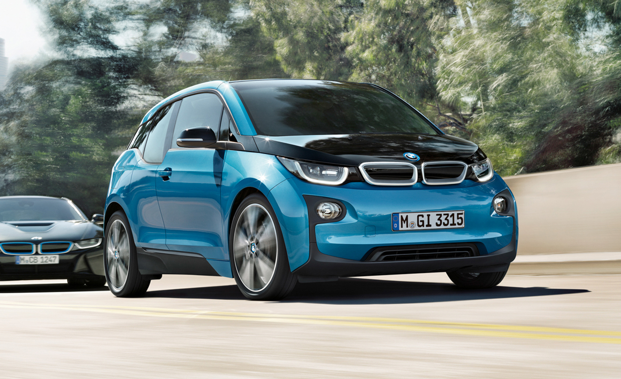 2017 bmw i3 vs i3 with range extender review gearopen. Black Bedroom Furniture Sets. Home Design Ideas