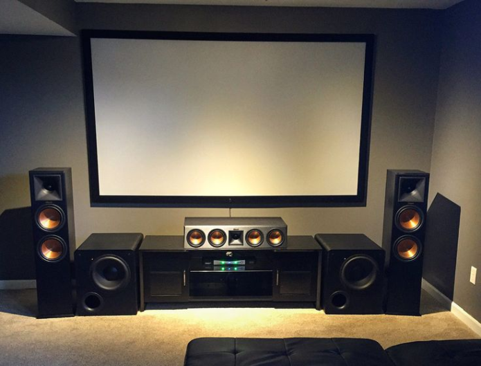 How to Place Your Speakers to Maximize Your Home Theater Experience