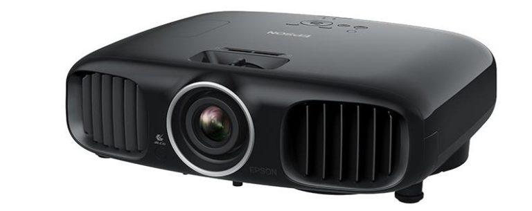 epson-EH-LS100-ultra-short-throw-projector-lens-1-e1504266930861