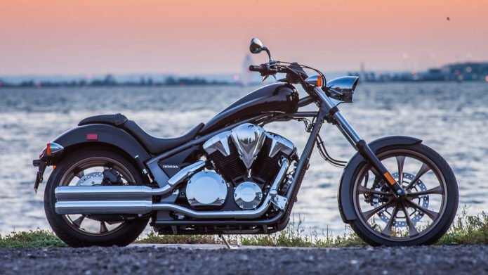 honda-fury-1300-motorcycle-review-chopper-specs-custom-bike-vt1300-1