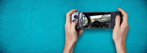Motorola Gamepad Moto Mod Review: Great for tiny hands