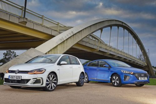 New Hyundai Ioniq Plug-In vs New Volkswagen Golf GTE Comparison 2017