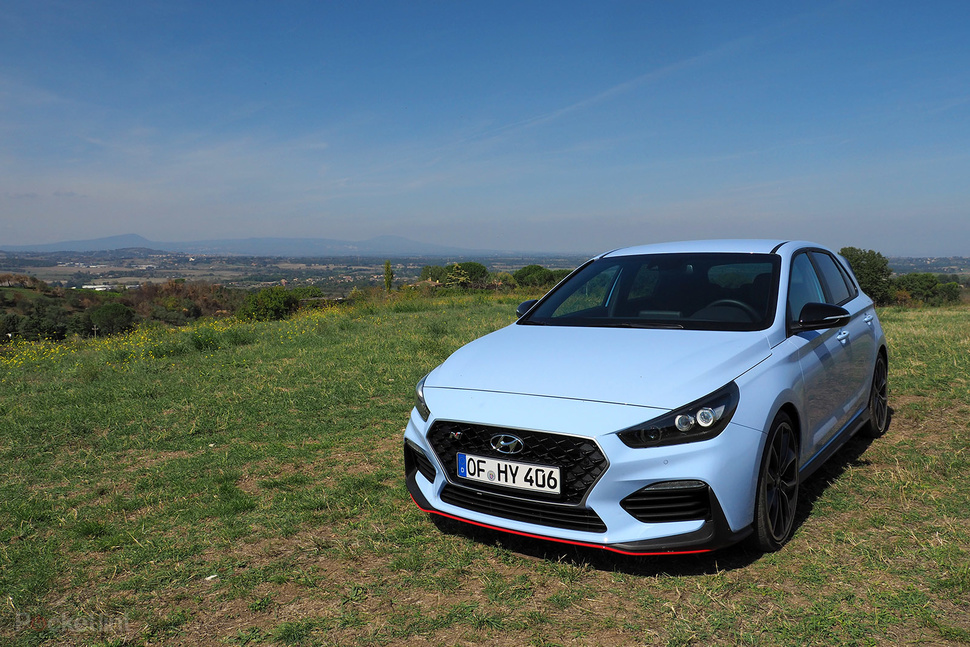 hyundai i30 n review a surprise hot hatch star is born gearopen. Black Bedroom Furniture Sets. Home Design Ideas