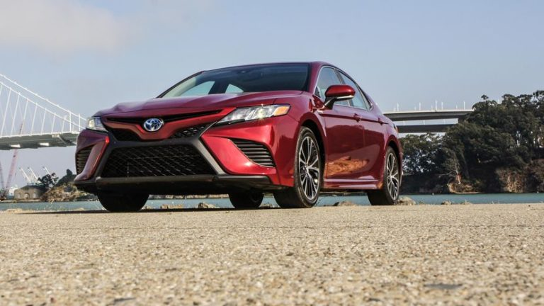2018 Toyota Camry Hybrid Review Gearopen