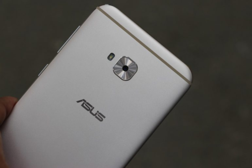 ASUS ZenFone 4 Selfie Lite Hands-On Review