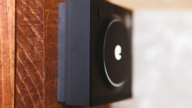 august-doorbell-cam-pro-product-photos-2