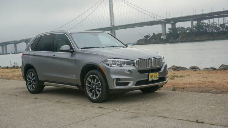 2017 bmw x5 xdrive35d review gearopen. Black Bedroom Furniture Sets. Home Design Ideas