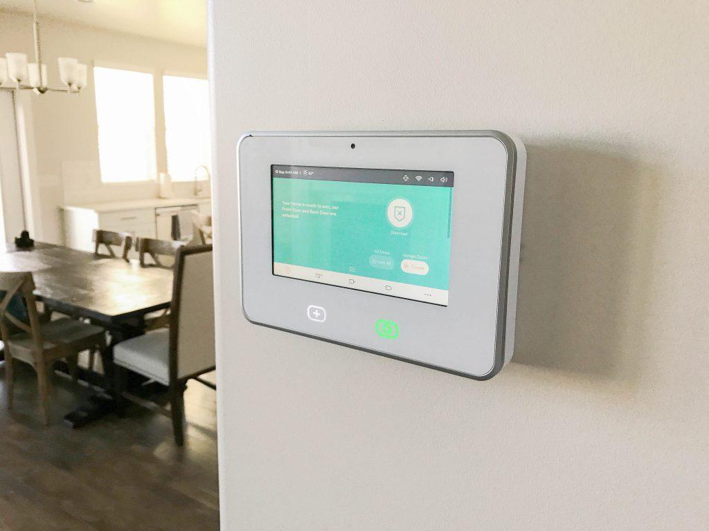Vivint Smart Home Review Gearopen