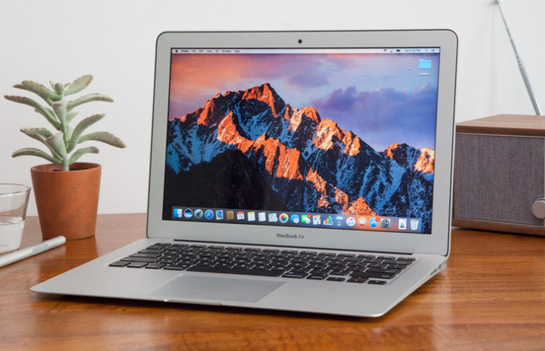 Which MacBook Should You Buy? MacBook vs. Air vs. Pro – UPDATE 2017