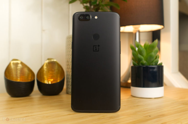 142850-phones-review-oneplus-5t-image2-2kwowg80of