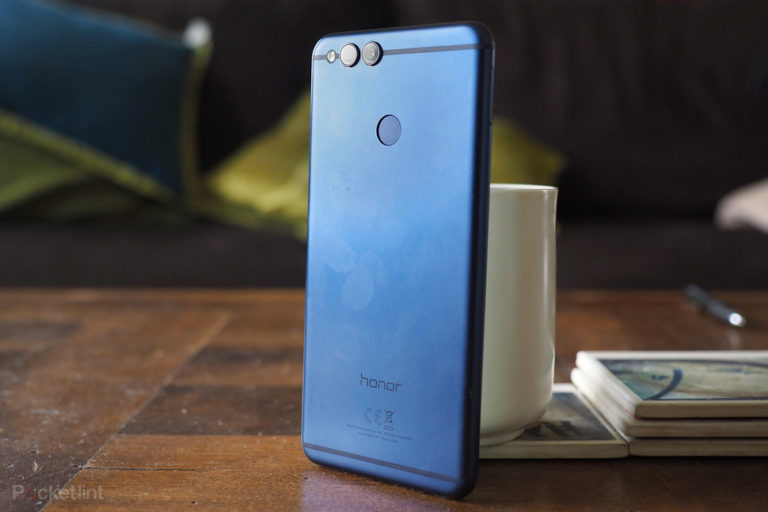142857-phones-hands-on-honor-7x-review-image2-lqzcgpbylj