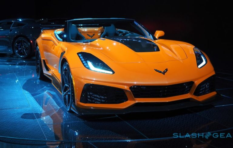 2019-chevrolet-corvette-zr1-4-1-980x620