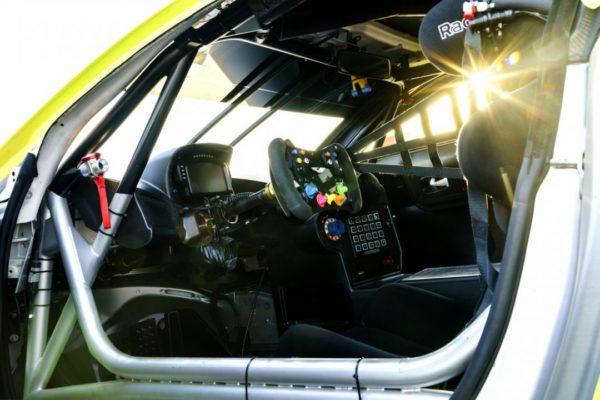 Aston-Martin-Racing_2018-Vantage-GTE_11-1080×720