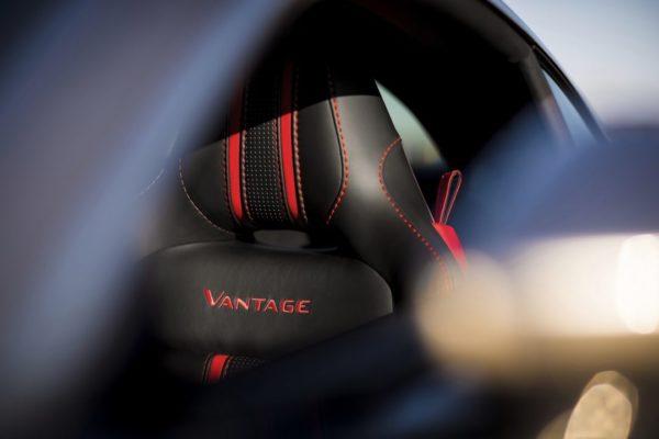 Aston-Martin-Vantage_Tungsten-Silver_21-1080×720