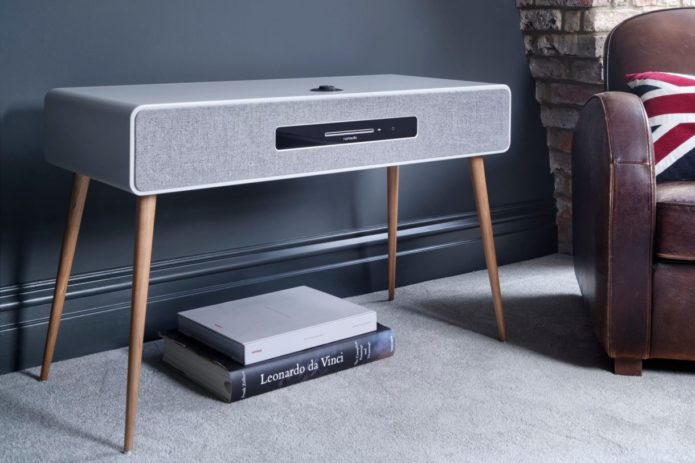 Ruark-Audio-R7-Mk3-soft-grey-1220x813