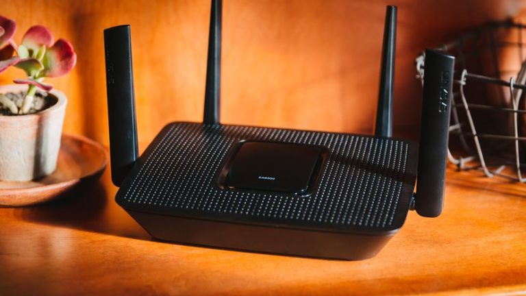 linksys-ea8300-product-photos-8