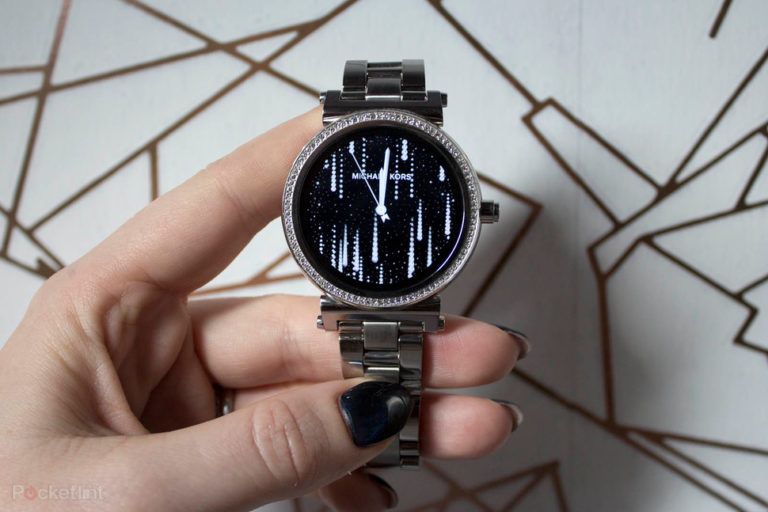 142965-smartwatches-review-michael-kors-access-sofie-product-shots-image14-fhb2kql1k8