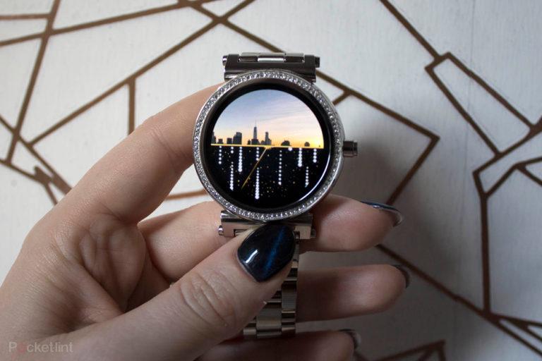 142965-smartwatches-review-michael-kors-access-sofie-product-shots-image23-6gkyahkcz5