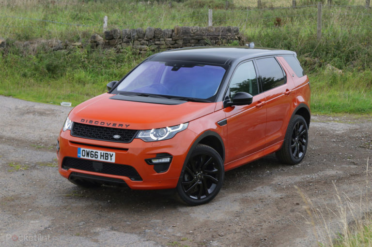 143115-cars-review-land-rover-discovery-sport-review-image6-2xilg63nfz