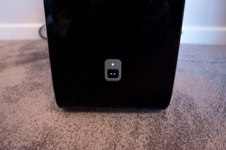 72876-speakers-review-sonos-sub-review-all-about-that-bass-image4-hi5hrbt2de