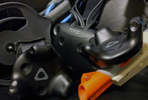 HTC VIVE Tracker Review with Gun, Straps, and Paddles