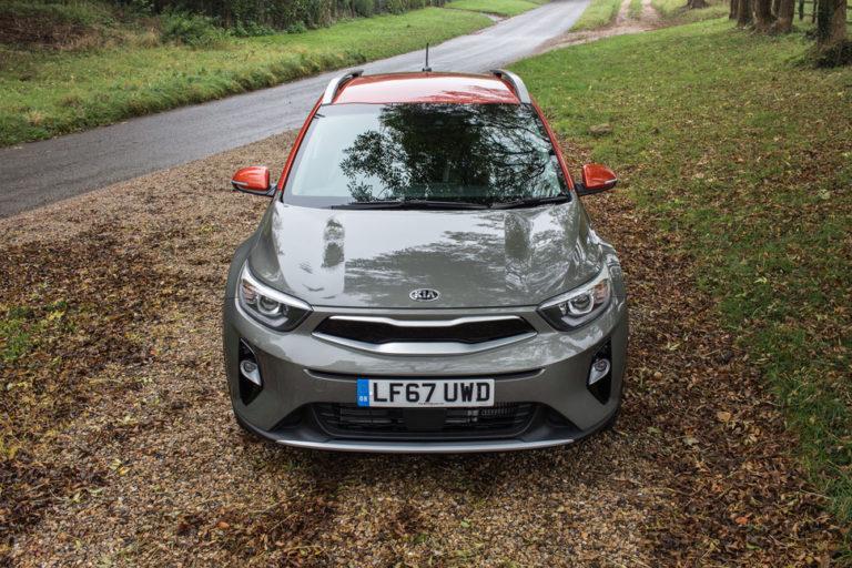 143040-cars-review-kia-stonic-image1-z9fyvbmiaa