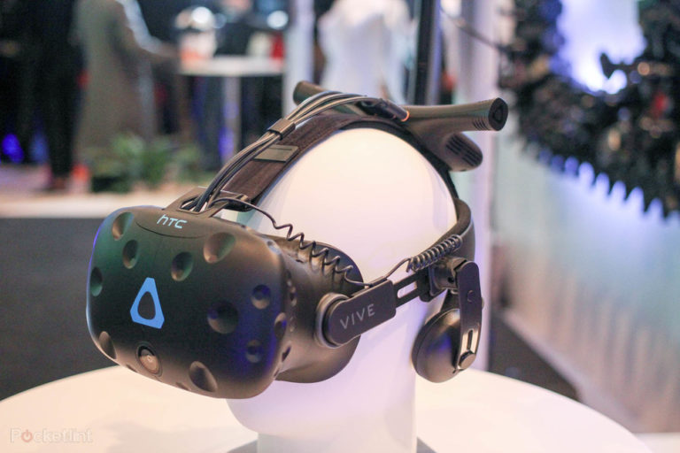 143276-ar-vr-review-hands-on-htc-vive-pro-image5-wfseb8gbu7