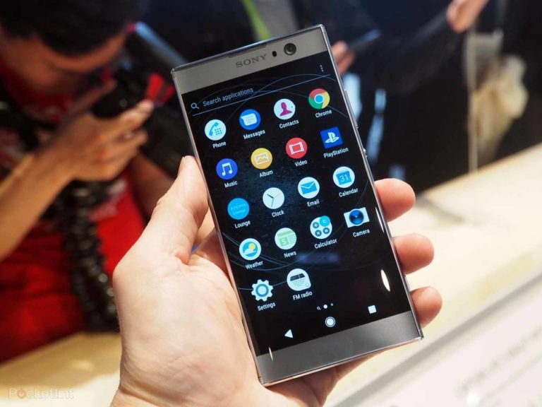 143301-phones-review-hands-on-sony-xperia-xa2-initial-review-23-megapixel-pics-plus-super-wide-selfies-image4-jpiqcyftfj