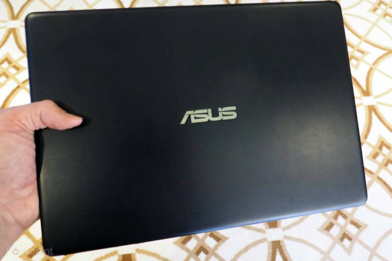 143330-laptops-review-hands-on-asus-zenbook-13-initial-review-the-light-fantastic-image9-jkh3gw7tfo