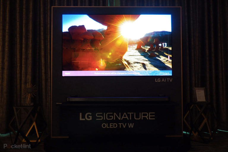 143350-tv-review-hands-on-lg-w8-tv-review-image1-h6tvb1arj9