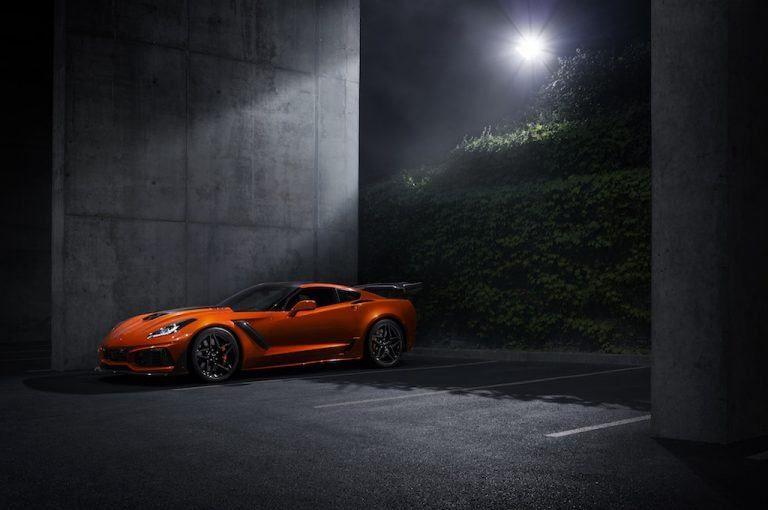 2019-Chevrolet-Corvette-ZR1-002-768x510