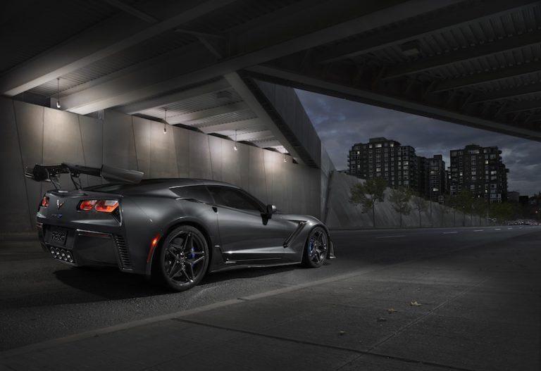 2019-Chevrolet-Corvette-ZR1-004-768x527