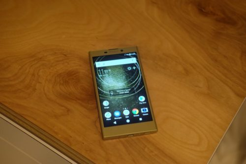 Sony Xperia L2 Hand-on Review