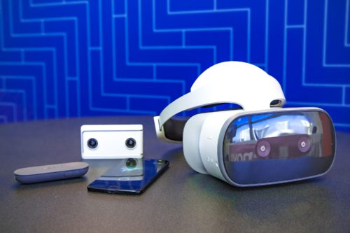Lenovo Mirage Solo with Daydream hands-on: VR and the camera to shoot it